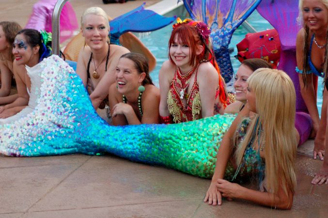Mermaid Convention Photography #287<br>3,008 x 2,000<br>Published 2 years ago